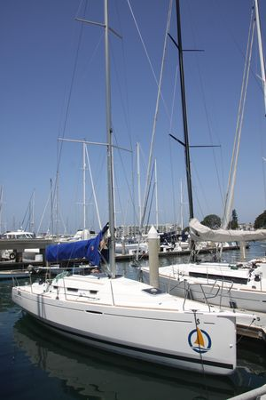 Used Beneteau First 30R Racer and Cruiser Sailboat For Sale