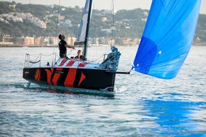 New Beneteau First 27 Daysailer Sailboat For Sale