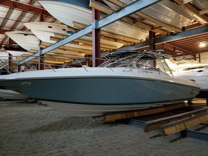 Used Fountain 38 LX Cuddy Cabin Boat For Sale