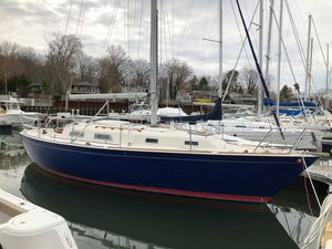 Used Pearson 34C Cruiser Sailboat For Sale