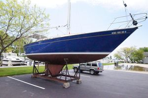 Used S2 11.0 Aft Cruiser Sailboat For Sale