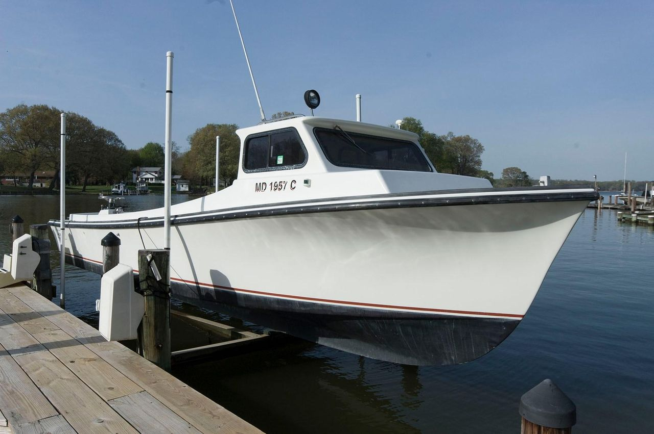 Fishing Boats For Sale >> 1995 Used Robbins 29 Deadrise Sports Fishing Boat For Sale 42 500