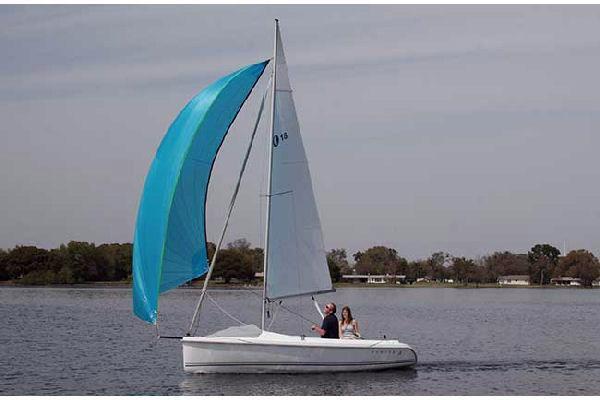 Used Hunter 18 Daysailer Sailboat For Sale