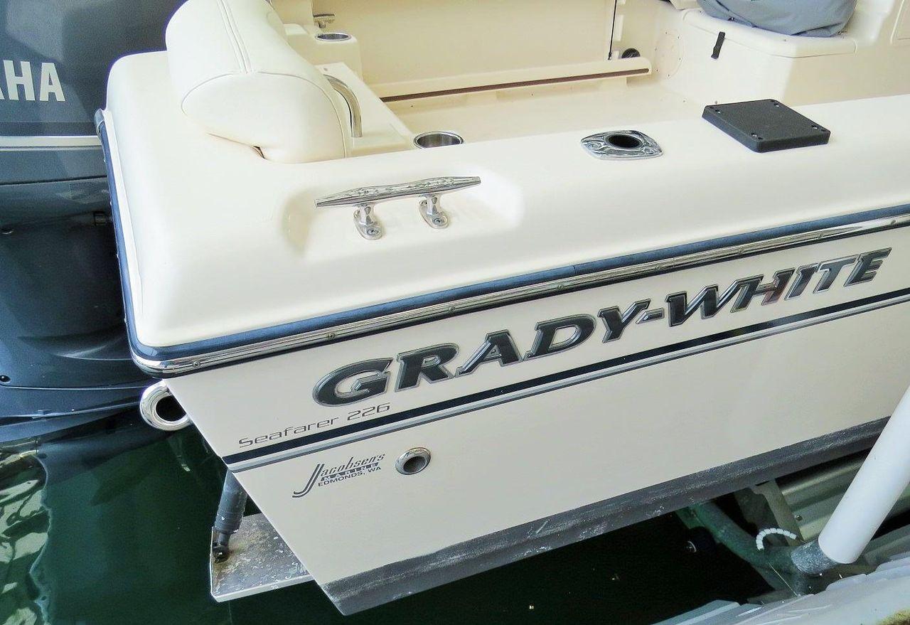 2015 Used Grady-White 226 Seafarer Saltwater Fishing Boat