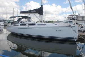Used Hanse 345 Cruiser Sailboat For Sale