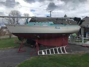 Used Pearson 24 Sloop Sailboat For Sale