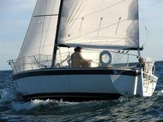 Used Pearson Flyer Racer and Cruiser Sailboat For Sale