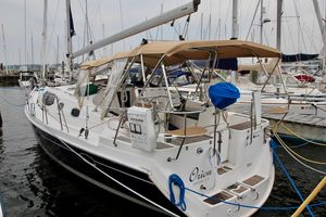 Used Hunter 45 DS Cruiser Sailboat For Sale