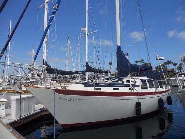 Used Islander Yachts Freeport Cruiser Sailboat For Sale