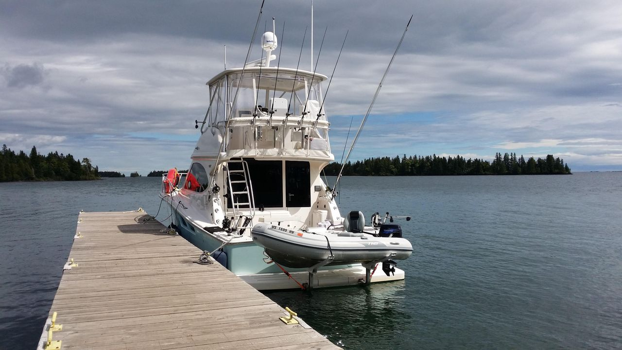 2006 Used Tiara 3900 Motor Yacht For Sale - $329,900