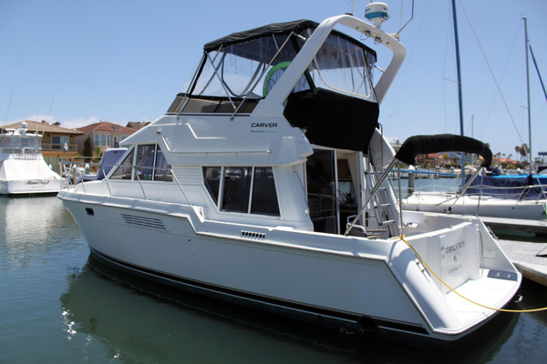 Used Carver 370 Voyager Sports Cruiser Boat For Sale