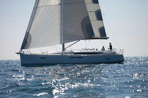 Used Jeanneau 439 Cruiser Sailboat For Sale