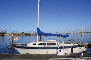 Used Lancer Yachts 29 Cruiser Sailboat For Sale