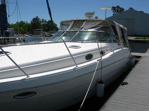 Used Rinker Fiesta Vee 342 Motor Yacht For Sale
