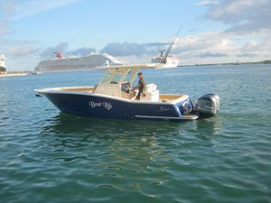 Used Scout 300 XLF Center Console Fishing Boat For Sale