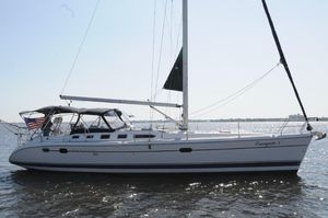 Used Hunter 466 Cruiser Sailboat For Sale