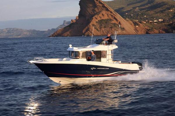 New Beneteau Barracuda 9 Saltwater Fishing Boat For Sale