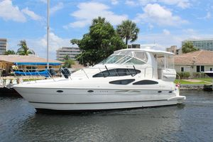 Used Cruisers 405 Express Motor Yacht For Sale