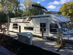 Used Gibson Sport Series Cruiser Boat For Sale
