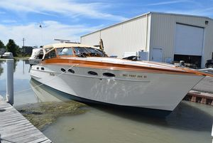 Used Mays Craft 42 Express Cruiser Boat For Sale