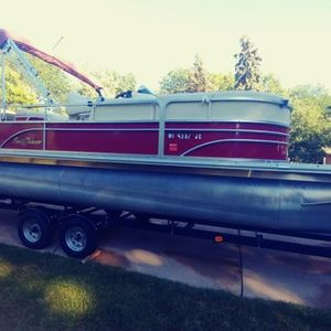 Used Smoker Craft Ds8522sunchaser Sports Fishing Boat For Sale