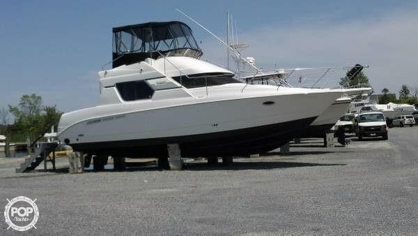 Used Silverton 351 Sedan Bridge Cruiser Boat For Sale
