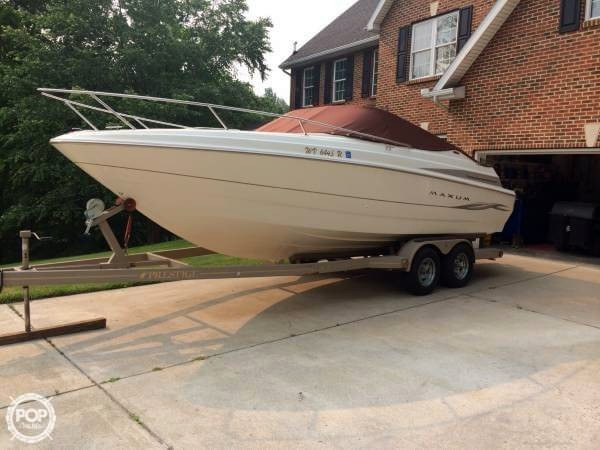 Used Maxum 2300 SC Express Cruiser Boat For Sale