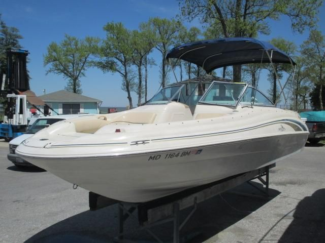 1999 Used Sea Ray 210 Sundeck Bowrider Boat For Sale - $12,900