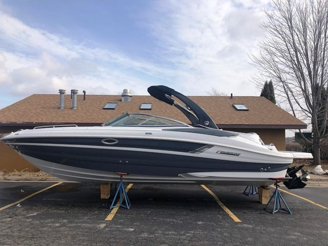 2019 New Cruisers Yachts 298br Bowrider Boat For Sale Sturgeon Bay