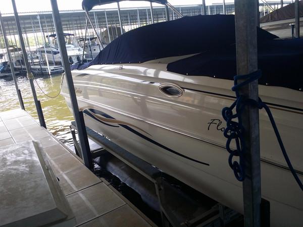Used Rinker Flotilla 268 DB Bowrider Boat For Sale