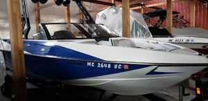 New Axis Runabout Boat For Sale