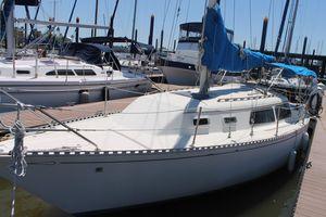 Used Islander Bahama 30 Cruiser Sailboat For Sale