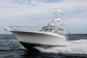 New Albemarle 32 Express Cruiser Boat For Sale