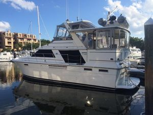 Used Carver 4207 Aft Cabin Motor Yacht Motor Yacht For Sale
