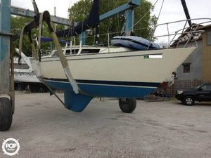 Used S2 Yachts S2 9.2/30 Sloop Sailboat For Sale