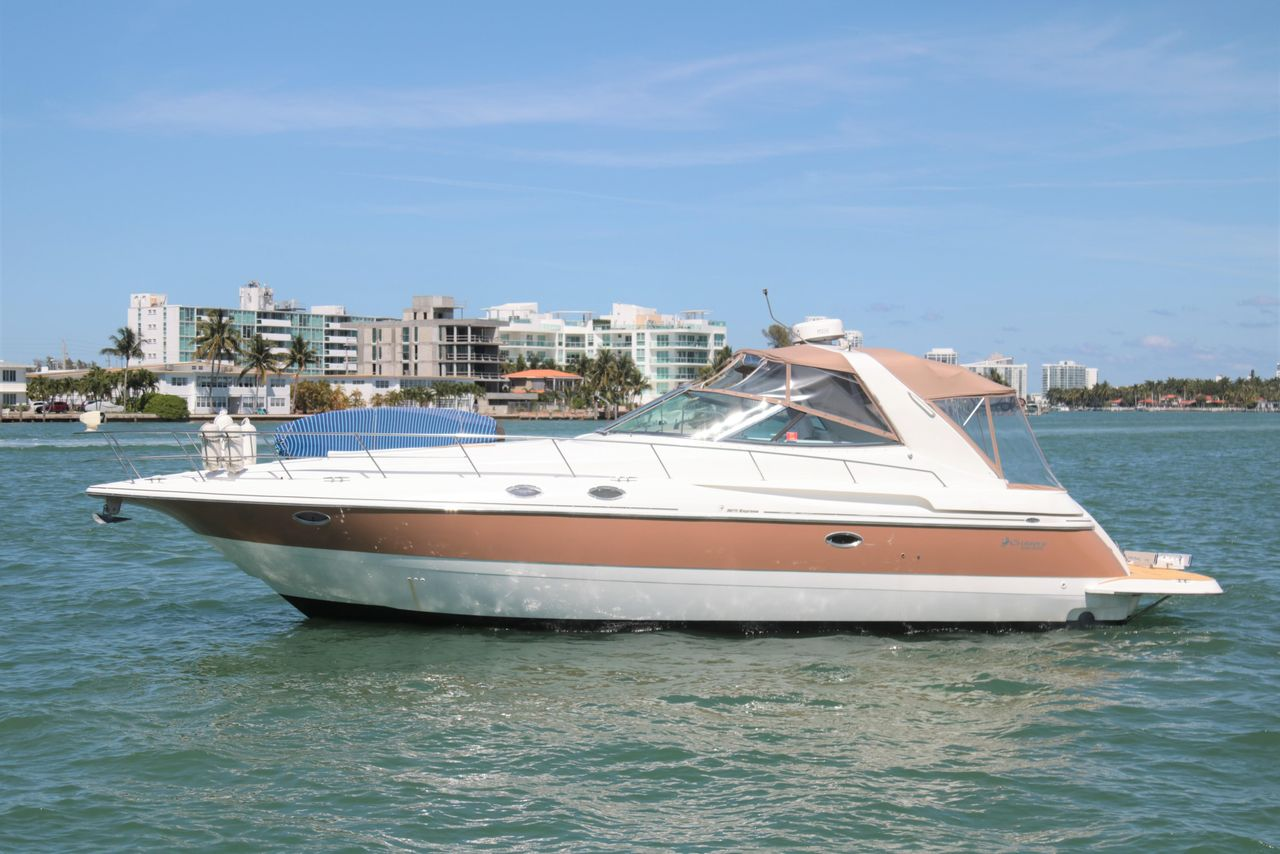 2002 Used Cruisers Yachts 3870 Express Cruiser Boat For Sale