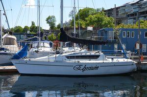 Used Kirie Feeling 850 Cruiser Sailboat For Sale