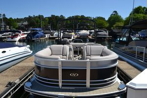 Used Harris Flotebote Grand Mariner 250 Pontoon Boat For Sale