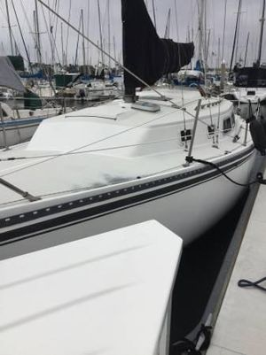 Used Newport 30 Sloop Sailboat For Sale
