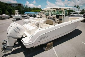 Boston Whaler 330 Outrage Boats For Sale | Moreboats com