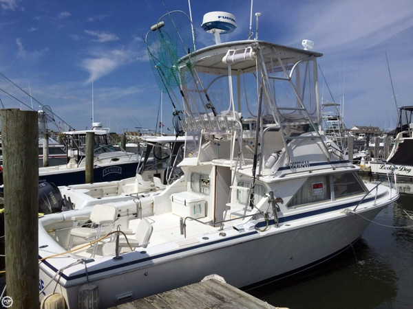 Used Bertram 28 Flybridge Cruiser - Anniversary Edition Sports Fishing Boat For Sale