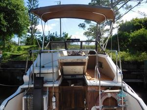 Used Winner 28 Flybridge Express Cruiser Boat For Sale