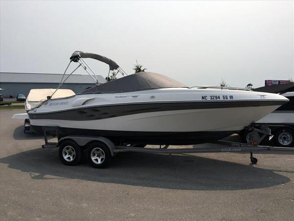 Used Four Winns Sundowner 215 Bowrider Boat For Sale
