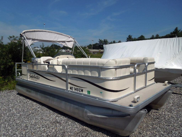 Used Sweetwater Tuscany 1880 RE Pontoon Boat For Sale