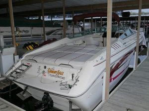 Used Sea Ray 28 Sun Runner Cuddy Cabin Boat For Sale