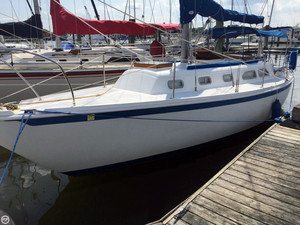 Used Ericson Yachts Ericson 32 Sloop Sailboat For Sale
