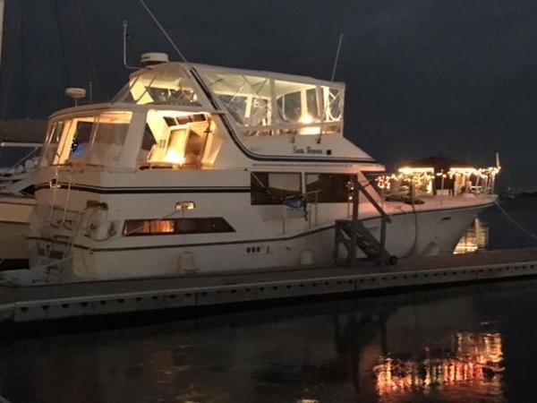 Used Symbol 44 Sundeck Motoryacht Motor Yacht For Sale