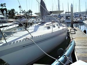 Used Islander 40 Racer and Cruiser Sailboat For Sale