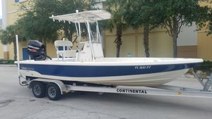 Used Pathfinder Bay Boat 2200 TRS Bay Boat For Sale