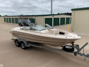 Used Sea Ray 200 Signature Select Bowrider Boat For Sale